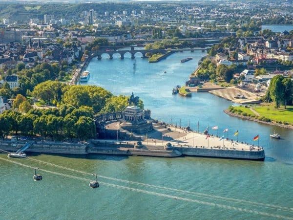 Koblenz,-Deutsches-Eck-517849676_6000x4000